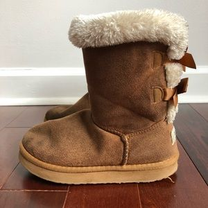 UGG Girls Bailey Bow Boots Size 3